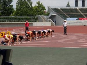 3年島田さん、100mスタート前。