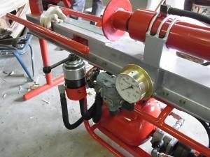 操作レバー、圧力計部分。