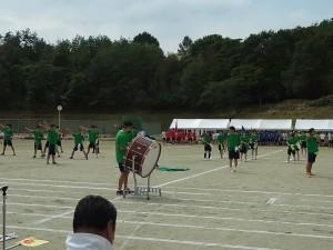応援合戦「緑組」。