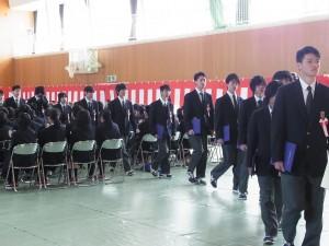 卒業生退場(涙・・・、涙・・・)。