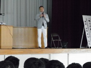 関西弁の先生、楽しく始まりました。
