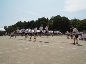 競技「長縄跳び」