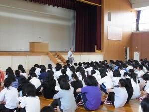 大坂教務課長より、夏休み中の学習面での伝達事項など。