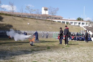 消火訓練。