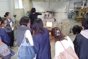 陶芸デザインコース(登り窯焼成中)
