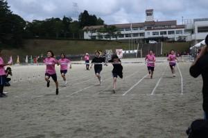 100m走決勝(女子)。