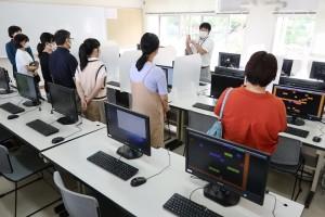 情報システムコース実習室。