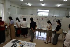 マンガ・アニメーションコース(生徒作品展示)。