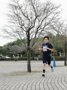 軽快な走りでした生田選手(3年生)