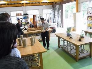 緑化システムコース実習室(竹灯籠の制作)