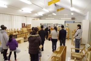 クラフトデザインコース展示室(木工作品)