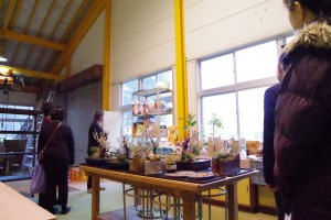 緑化システムコースの室内実習室(寄植等)