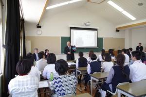 諸藤校長より本校が所在する岡山県加賀郡吉備中央町のマスコットキャラクター等のご紹介も。