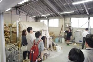 陶芸デザインコース(所属3年生より。備前焼登窯等の説明)