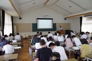 学校概要説明(設備、費用、教育カリキュラム、帰省についてなどなど)。
